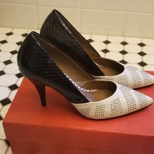 Donald J Pliner studded pumps